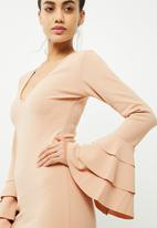 Missguided - Plunge frill sleeve bodycon dress