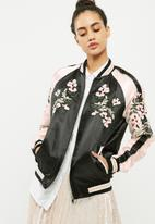Vero Moda - Beauty bomber jacket