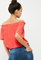 Vero Moda - Patricia off the shoulder top