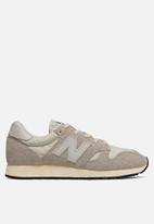 New Balance  - U520AC