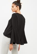 dailyfriday - Bell sleeve blouse