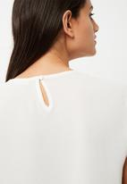 Jacqueline de Yong - Chrissy frill top