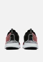 Nike - Dualtone Racer