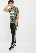 adidas Originals - Camo trefoil tee
