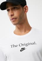 Nike - Verbiage tee