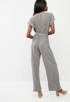 dailyfriday - Plisse knot detail jumpsuit