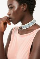 Missguided - Denim d-ring choker necklace