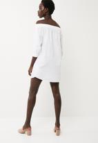 Jacqueline de Yong - Tiffany off shoulder dress