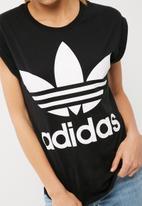 adidas Originals - Boyfriend trefoil roll up tee