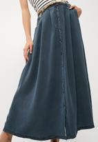 Vero Moda - Zoe tencel button skirt