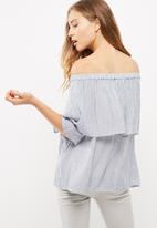 Vero Moda - Jane off shoulder top