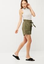 Vero Moda - Zoe tencel belted shorts