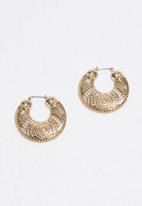 Missguided - Chunky engraved earrings