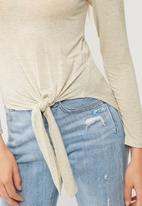 dailyfriday - Tie front detail top