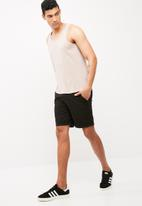 basicthread - Basic slim fit vest
