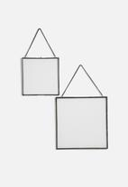 Sixth Floor - Floating frame set
