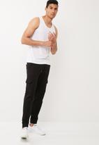 basicthread - 2pack basic slim fit vest