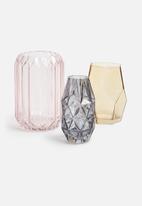 Sixth Floor - Indo vase