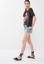 ONLY - Maddie tee