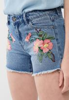 ONLY - Carmen denim embellished shorts
