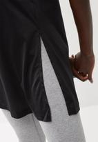 Nike - Bonded short sleeve top