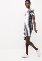 Noisy May - Maya tee dress