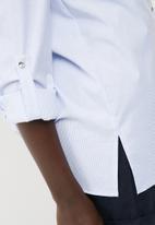 dailyfriday - Tab roll up shirt