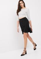 dailyfriday - Ruffle wrap front skirt
