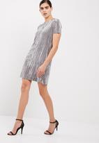 Vero Moda - Maila crushed velvet dress
