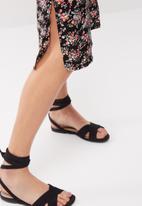 dailyfriday - Midi slip dress