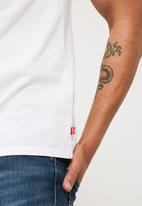 Levi's® - Graphic sporty tee