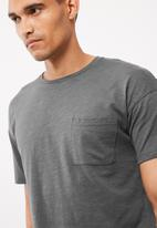 Only & Sons - Semuel drop shoulder tee