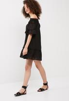 Vero Moda - Hanna off shoulder dress