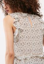 Vero Moda - Katelyn frill top