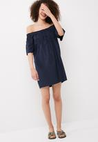 Vero Moda - Bella off shoulder dress