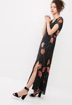 Vero Moda - Rose maxi dress