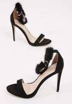 Sissy Boy - Faux fur ankle stiletto