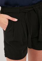 Jacqueline de Yong - Chung shorts