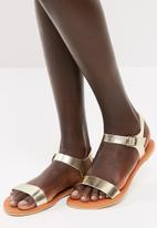 dailyfriday - Core leather sandal