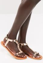 dailyfriday - Kelly sandal