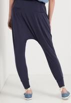 Cotton On - Slouch jersey pant