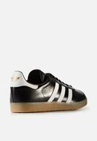 adidas Originals - Gazelle Shiny