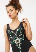 Missguided - Floral embroidered swimsuit