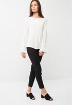 Vero Moda - Victoria antifit ankle pants