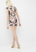Missguided - Tropical floral print frill side playsuit
