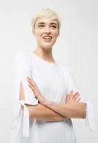 dailyfriday - Poplin blouse with tie sleeve