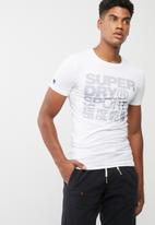Superdry. - Sports athletic graphic tee