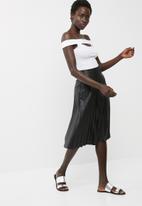 dailyfriday - Marilyn neck bodysuit