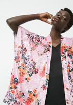 dailyfriday - Velvet kimono