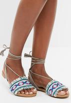 Missguided - Aztec print ankle tie sandal